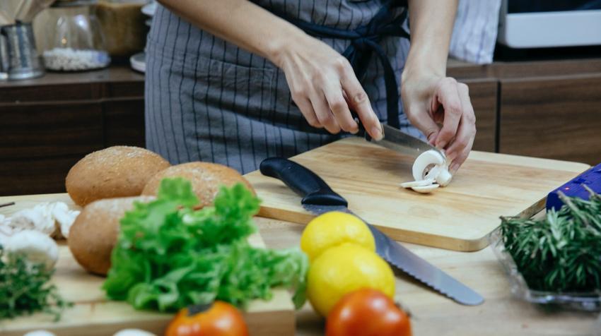 Βοηθός Μάγειρα - Εστιατόριο - Μάλια Κρήτης εικόνα αγγελίας εργασίας